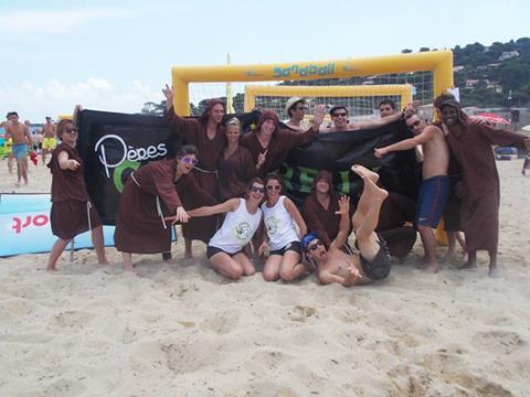 sandball-tour-2014-sainte-maxime-equipe-peres-chartreux